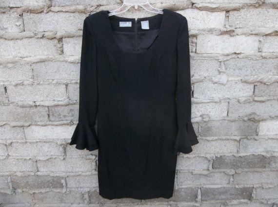 Robe à volants manches de Liz Claiborne Midi noir minimaliste moderne des années…