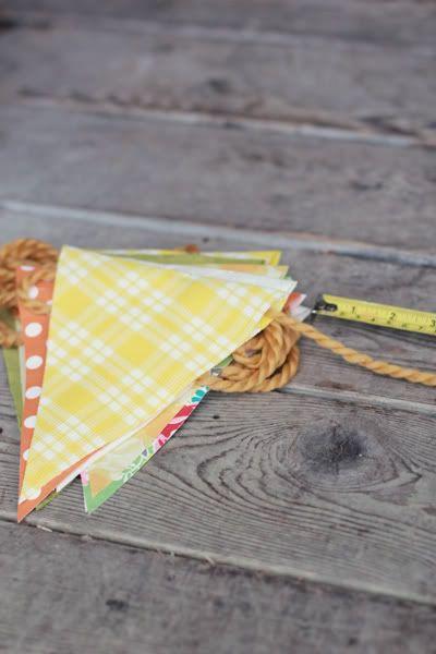 Delightfully Tacky: DIY : No Sew Bunting