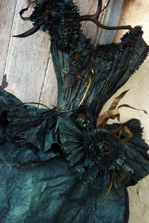 Robe de papier, Paper dress art By MissClara                                                                                                                                                                                 More