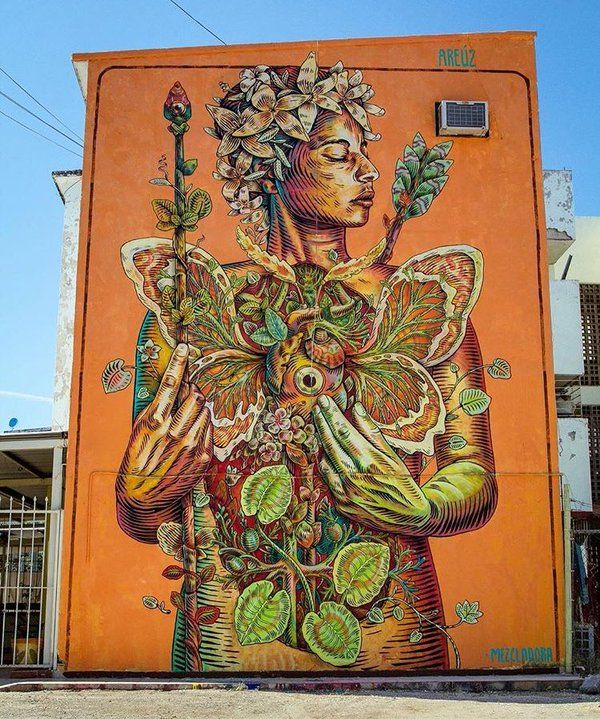 """Love this mural, which says """"Areul"""" upper right (?). Don't know the artist. Anyone know who the artist is? #streetart"""