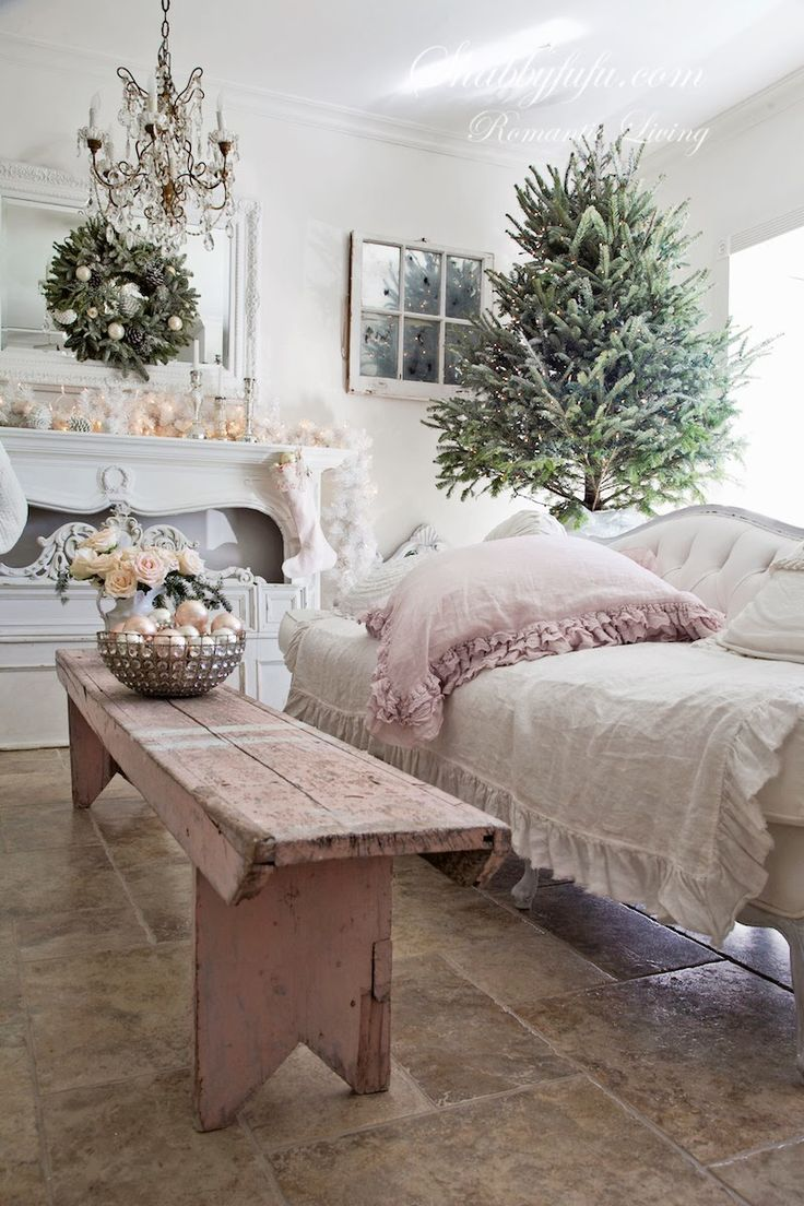 Gorgeous pink shabby chic Christmas