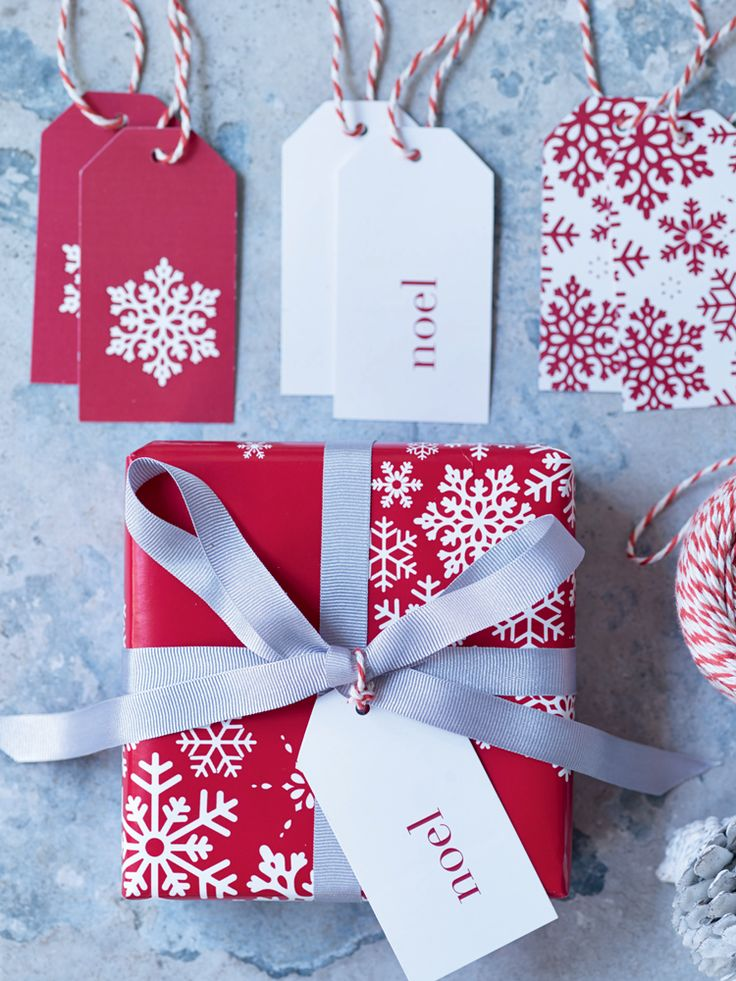 snowflakes gift tags new holidays noel papier. Black Bedroom Furniture Sets. Home Design Ideas