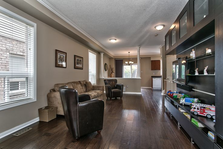 Welcome home! This great starter home in the Dempsey neighborhood of Milton is conveniently located close to everything. Big park at the end of the street, schools, highways, and shopping.