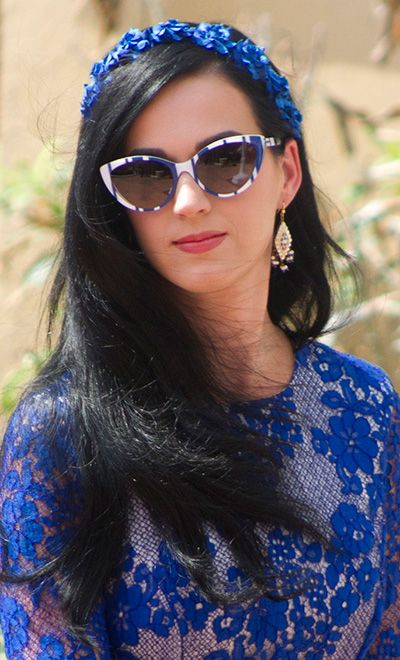 ¡Complementos a todo color! (III): Gafas de sol | Katy perry fotos, Diademas, Gafas de sol