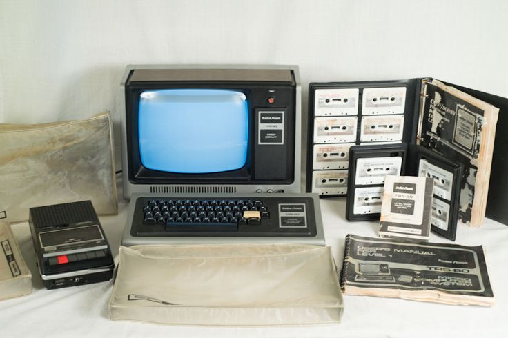 TRS 80 Micro Computer System Model I