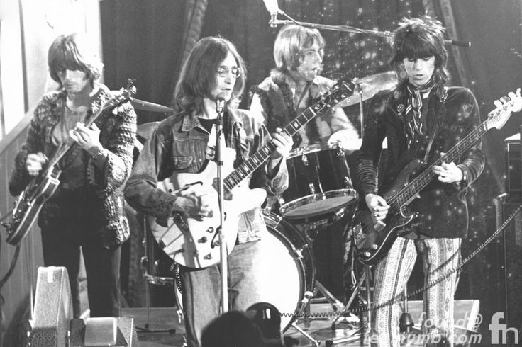 """""""One-time supergroup The Dirty Mac featuring Eric Clapton, John Lennon, Keith Richards and Mitch Mitchell, 1968"""" : Eric Alper - twitter"""