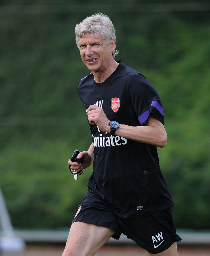 ST ALBANS, ENGLAND - JULY 13: Arsenal manager Arsene Wenger during a training session at London Colney on July 13, 2012 in St Albans, England. (Photo by Stuart MacFarlane/Arsenal FC via Getty Images)
