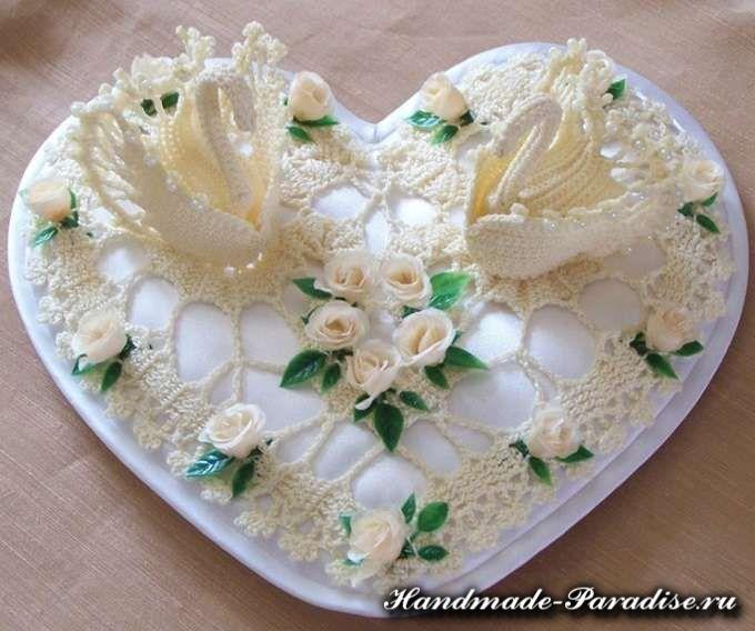 Лебеди для свадебной подушечки.
