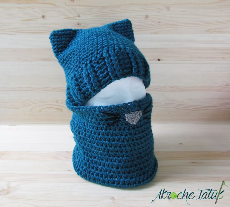 la tuque chat Canadian tuque or toque the precursor to the modern tuque was a small, round, close-fitting hat,  a town in quebec is known as la tuque, .