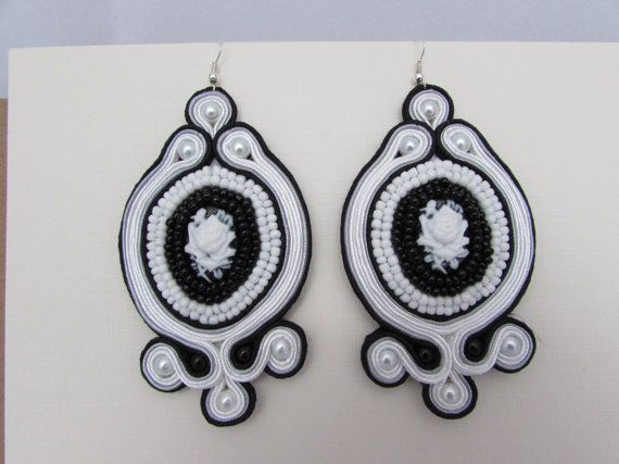 Vintage incredible light (only 14g each) white and black rose beaded earrings soutache