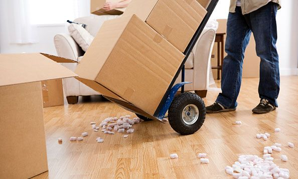 Moving house tips from lifeafterlondon.com #lifeafterlondon #moving