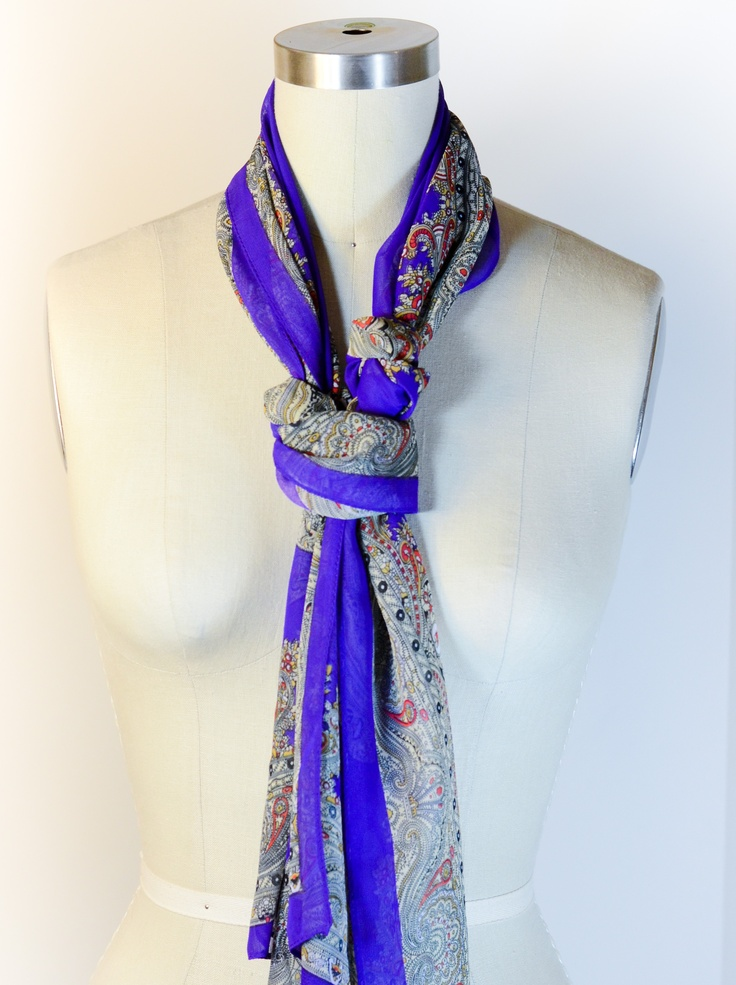 How to Tie a Scarf: The Girly Windsor