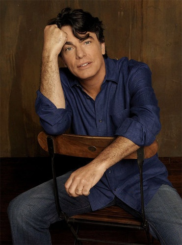 <3 Peter Gallagher <3 (Played in While You Were Sleeping with Sandra Bullock amongst many films)