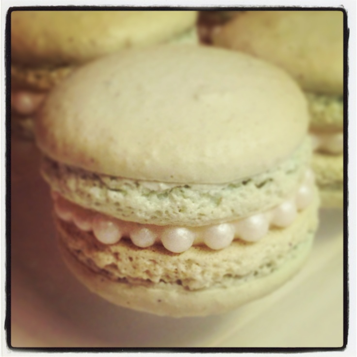 Vanilla Macarons; first solo attempt