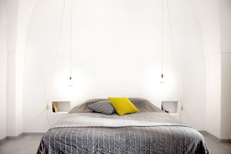 Schlafzimmer mit Kingsize-Bett. / casapolpo.com (Ferienwohnung) CASA POLPO appartamento  #italien #apulien #monopoli #puglia #italia #urlaub #ferienwohnung #casapolpo #interior #travel #italy