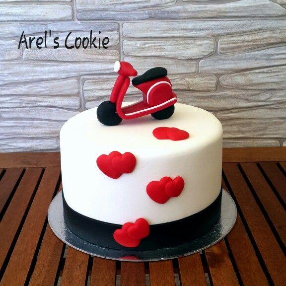 21 best Vespa cakes images on Pinterest Vespa cake Anniversary