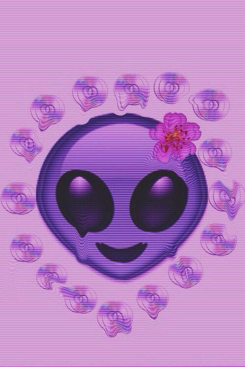 Grunge alien emoji background // Tumblr