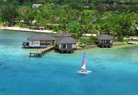 Warwick Le Lagon Resort, Vanuatu - and there's a glass bottom boat!