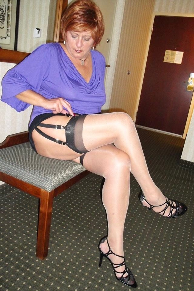 sexy ältere Frauenfüße