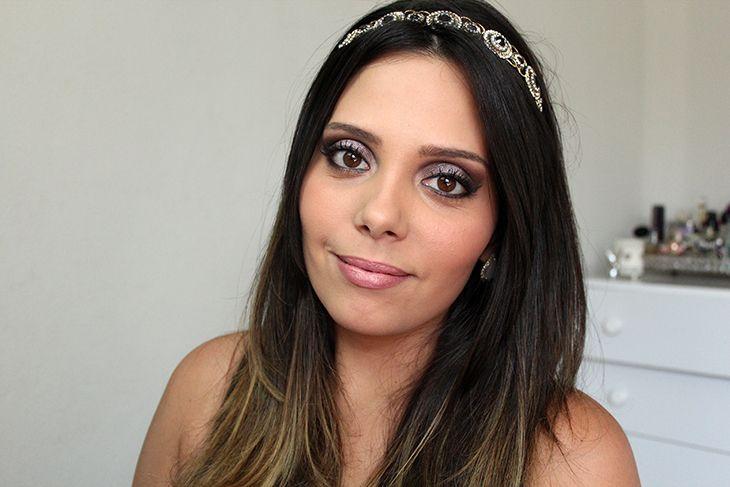 tutorial http://claudinhastoco.com/tutorial-de-maquiagem-esfumado-para-olhos-fundos/