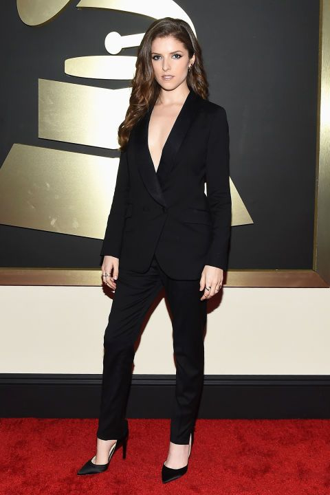 Anna Kendrick in a Band of Outsiders suit