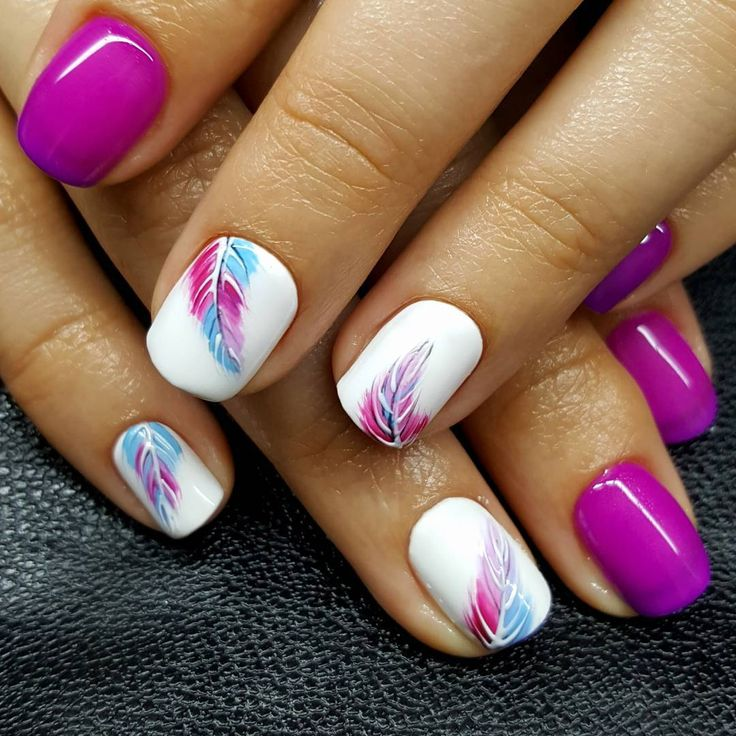 Cool Pink & White Feather Nails For Summer