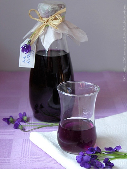 Every Cake You Bake: violet Juice