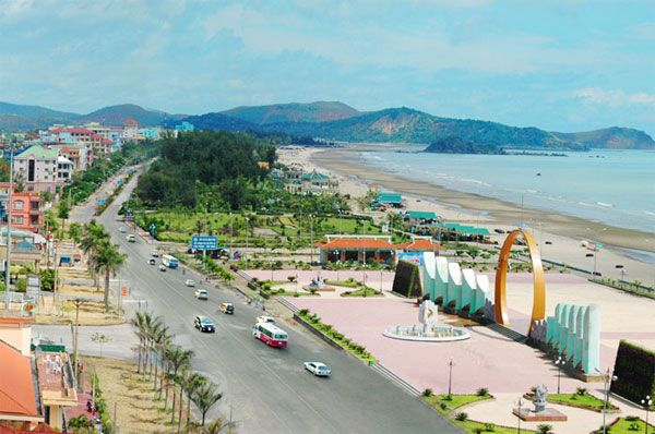 Cua Lo readies for a summer tourism festival  VietNamNet Bridge – Authorities in the central province of Nghe An have said the coastal town of Cua Lo will develop its own tourism trademark.   #vietnamtravelnews #vntravelnews #vietnamnews  #traveltovietnam #vietnamtravel #vietnamtour