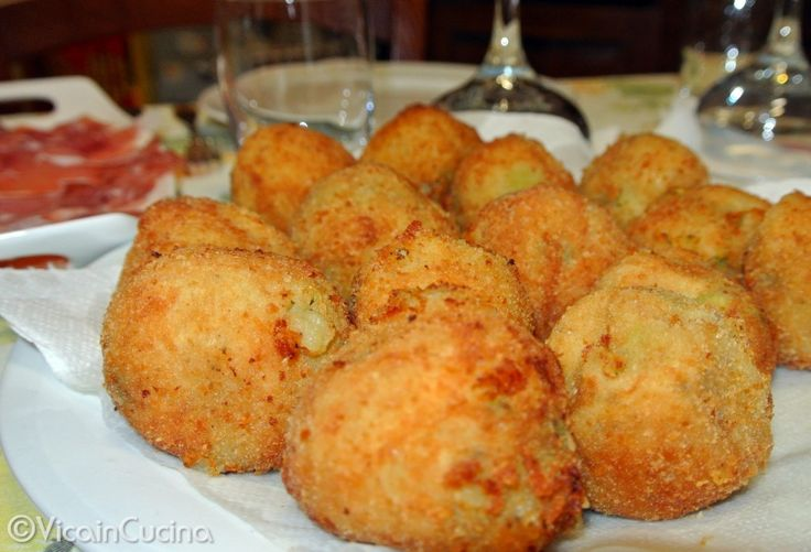 Crocchette di patate, fave e pecorino