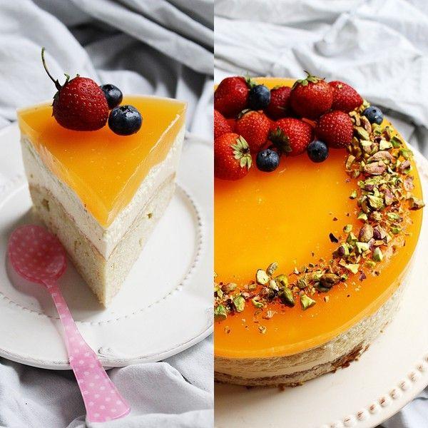 SweetandSimple - Passionfruktsmousse tårta med lime