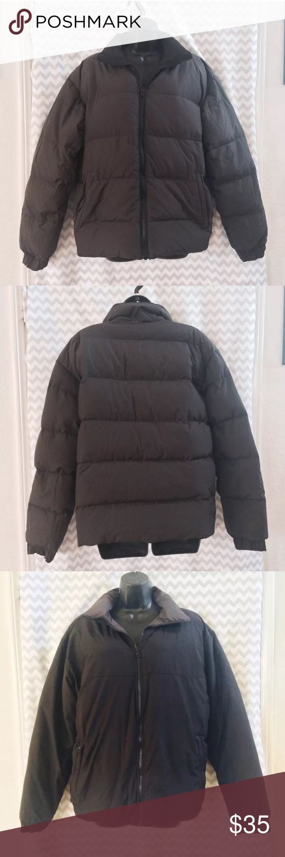 Old Navy Reversible Puffer Jacket in Black / Grey • Old Navy brand  • Reversible puffy jacket with down and waterfowl feathers  • Shell is polyester  • Black/gray  • Size Small  • In gently used condition, no stains or rips. Old Navy Jackets & Coats Puffers