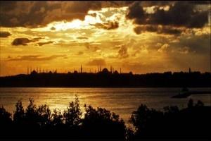 Medeniyet İnşasında İntizam ve Karmaşa - http://www.turkyorum.com/medeniyet-insasinda-intizam-ve-karmasa/