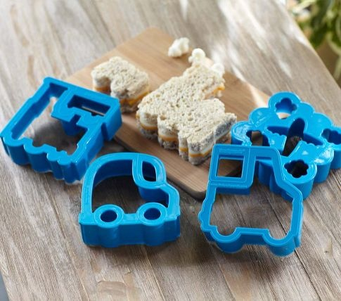 I can make Train sandwiches!: Appetit Kids, Sandwich Cutters, Sandwiches Cutters, Lunches Punch, Kidz Foodz, Punch Sandwiches, Pottery Barns Kids, Transportation Lunches, Kids Food