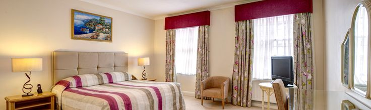 A small town Mayfair is located close to the heart of London. Many businessmen, tourists, families on holiday visit Mayfair. Accommodation is the main concern for all. A stay in Hotel apartments in London takes care of all the needs and requirement and makes the visit memorable and satisfactory.