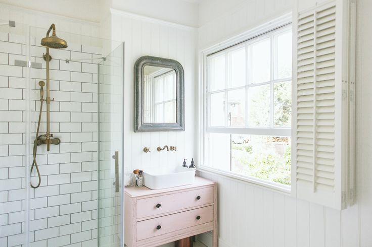 1000 Ideas About Bathroom Fixtures On Pinterest: 1000+ Ideas About Brass Bathroom On Pinterest