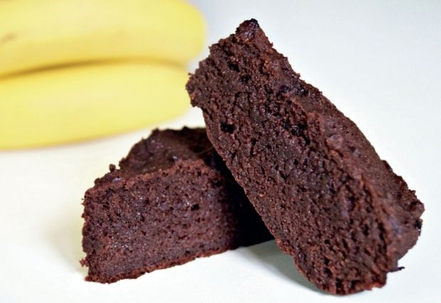 Prøv den her stærkt vanedannede Peanut-banankage med banan, chokolade og peanut