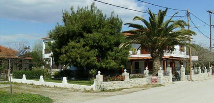 Hatzis House apartments and studios Nikiti beach #Halkidiki Greece