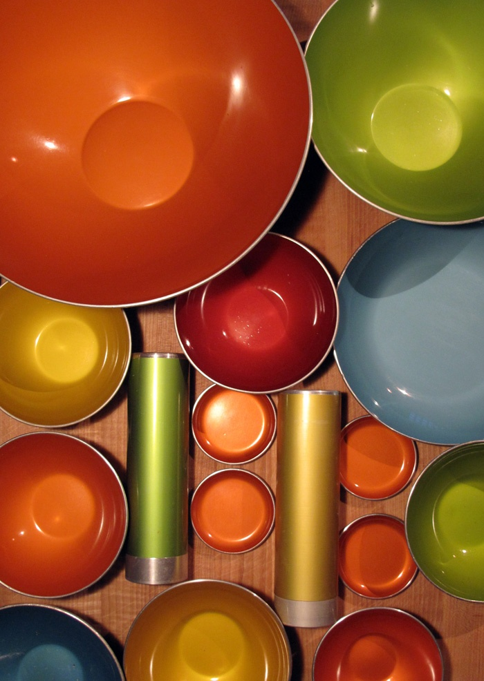 Emalox: A sixties-vintage collectible I love.  Aren't the colors beautiful?