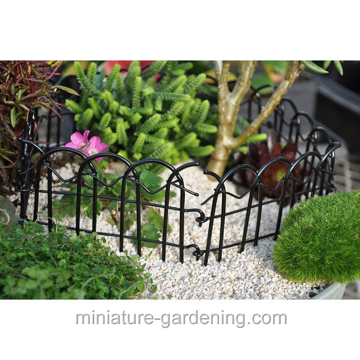 Black Garden Folding Fence