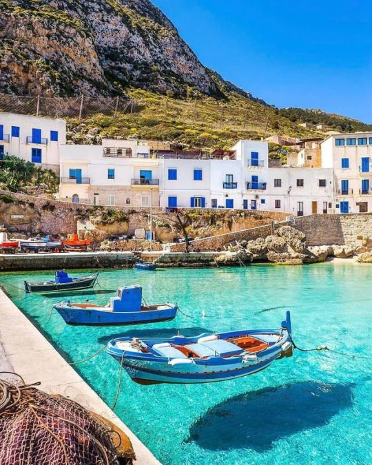 Sicilia, Levanzo
