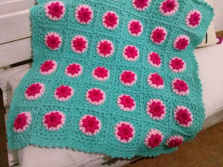 Fotos de alfombras mantas tejidas en telar artesanales for Tejidos de alfombras