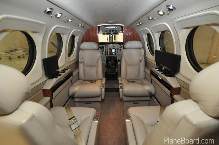 2005 Beechcraft King Air C90b Interior Aircraft Design