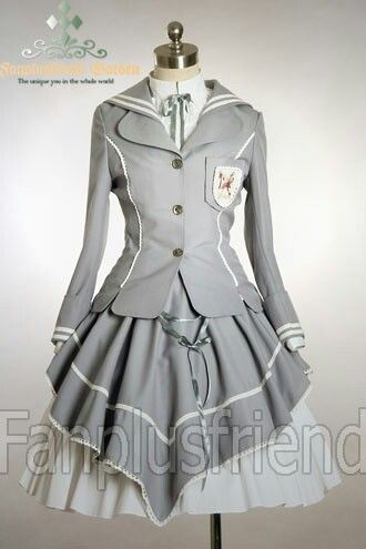 I also like this one T^T There are so many good military style lolita outfits. This could be Sunday best for girls or something like that. Or it could be another school's.