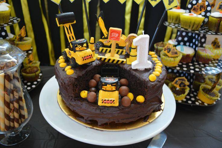 Construction cake I baked