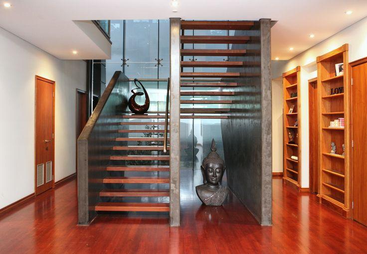 SERENITY SQUARED - Peter McManus Real Estate