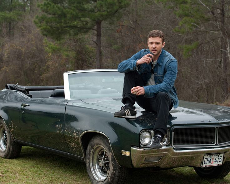 The man and the car. Love. Justin Timberlake, Trouble with the Curve