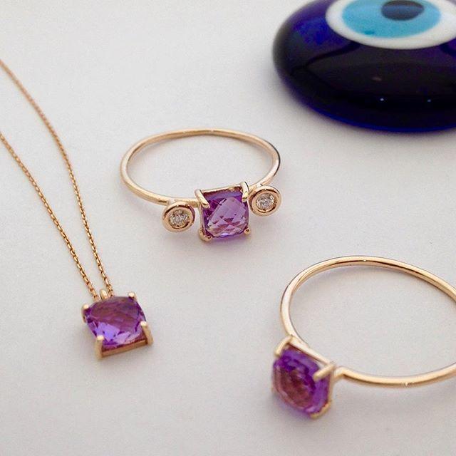 Her zaman şık... www.mireillecollection.com www.instagram.com/mireillecollection www.pinterest.com/cemilgezer/diamond-pırlanta Tasarım @cemilgezer  #mireillecollection #tasarim #yuzuk #kolye #ametist #stil #aşk #fashionblogger #moda #trend #trendy #fashion #design #ring #rings #colors #chic #pendant #diamond #diamonds #love #nişantaşı #istanbul