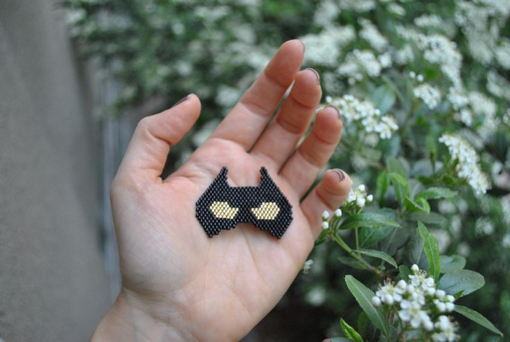 catwoman miyuki necklace