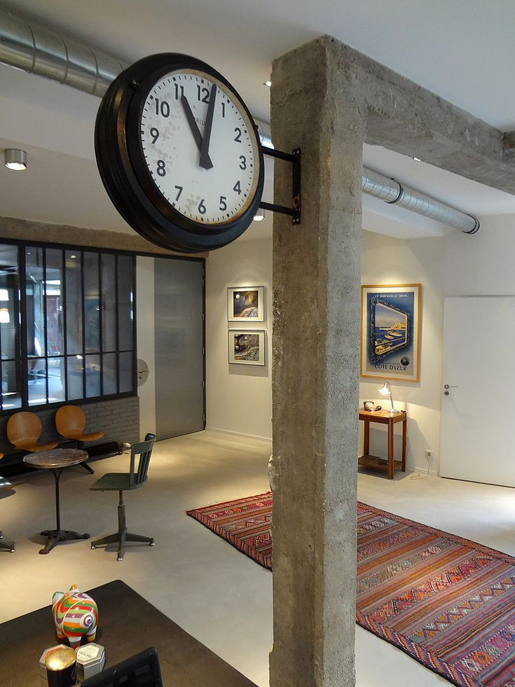 Contemporary Loft by KJBI Deco