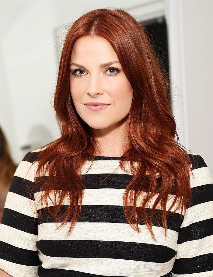Ali Larter's cool red hair